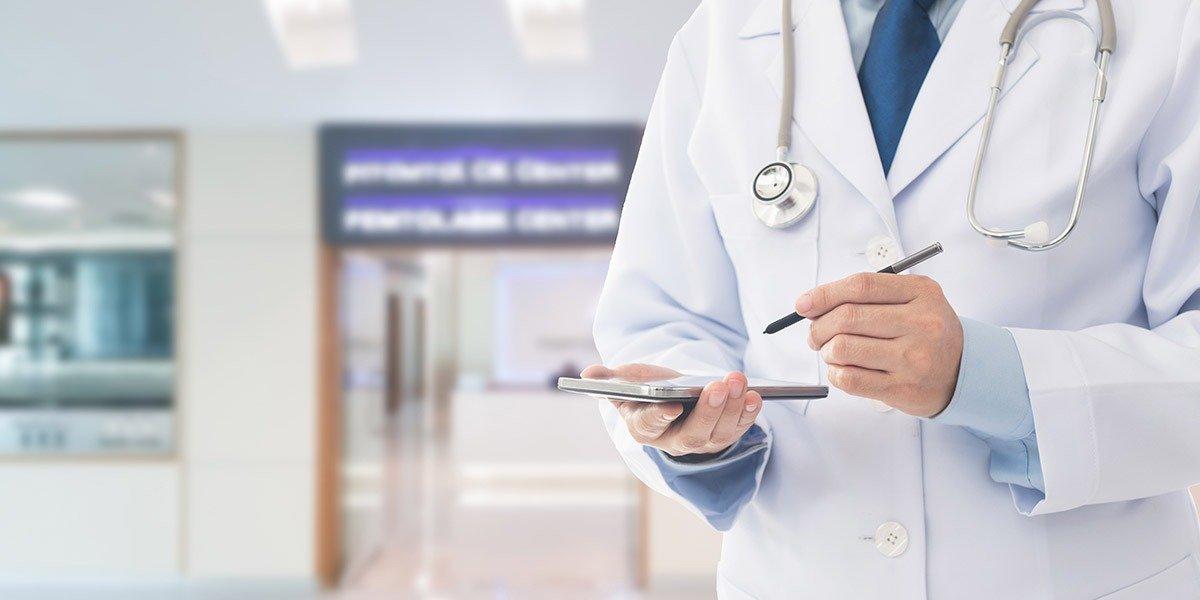 Urge pensar en salud digital