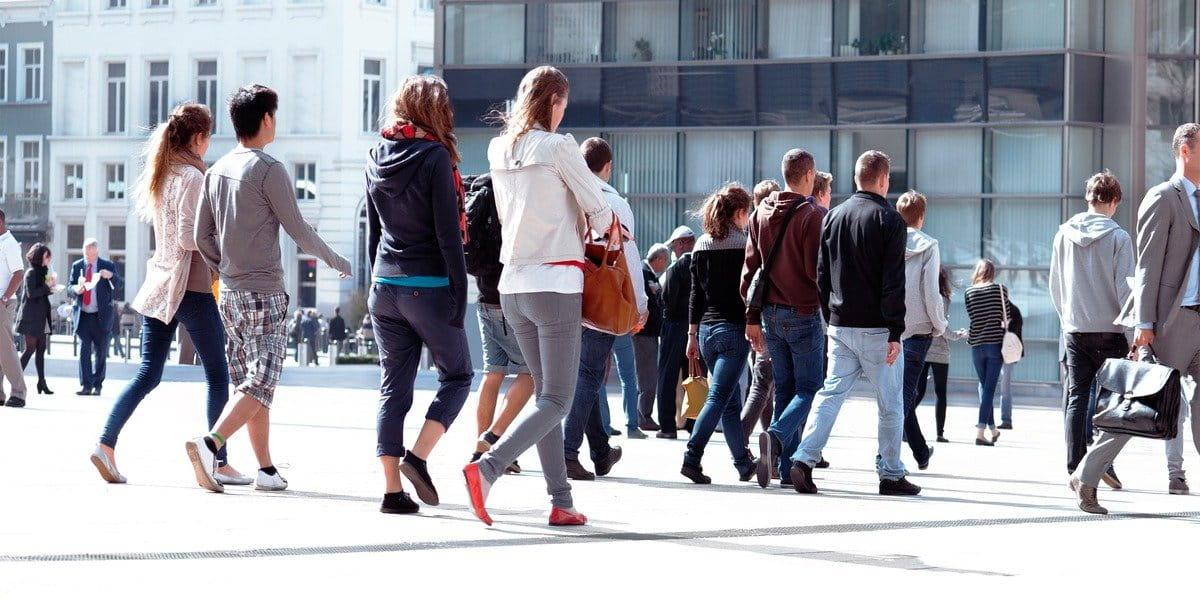 Quienes caminan lento tienen menor esperanza de vida, según estudio