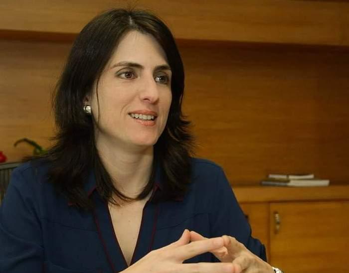 Cristina Arango Adres