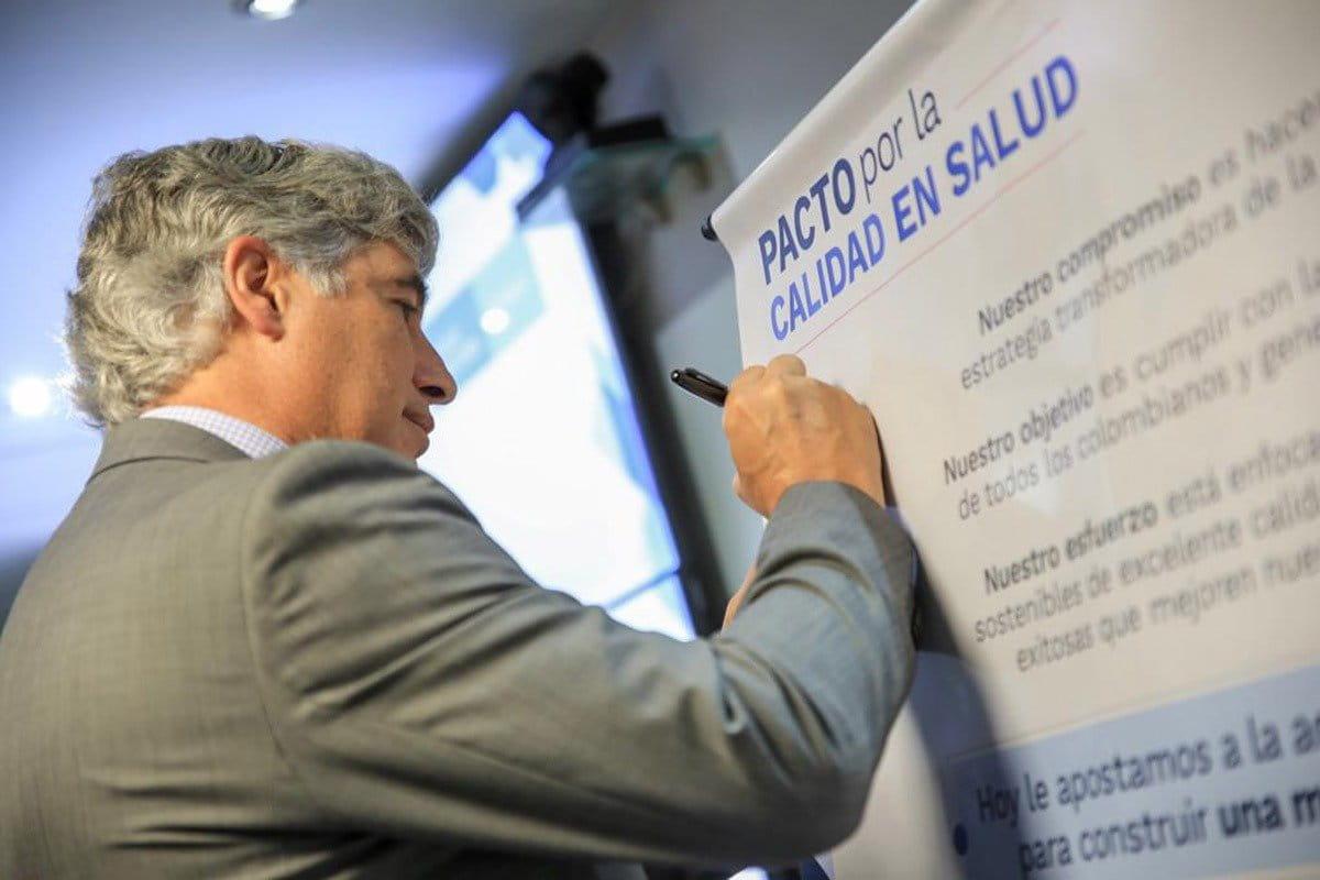 Secretarios de Salud, IPS y ESE firmaron pacto para mejorar calidad del servicio