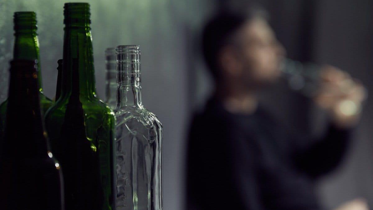 10 áreas en las que los gobiernos pueden trabajar para reducir el uso nocivo del alcohol