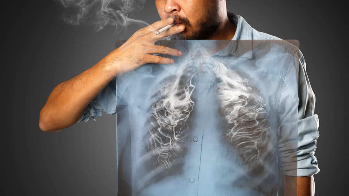 ¿Cómo afecta el humo el ADN de las células pulmonares normales