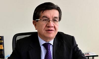Fernando Ruiz Gomez Ministro de Salud