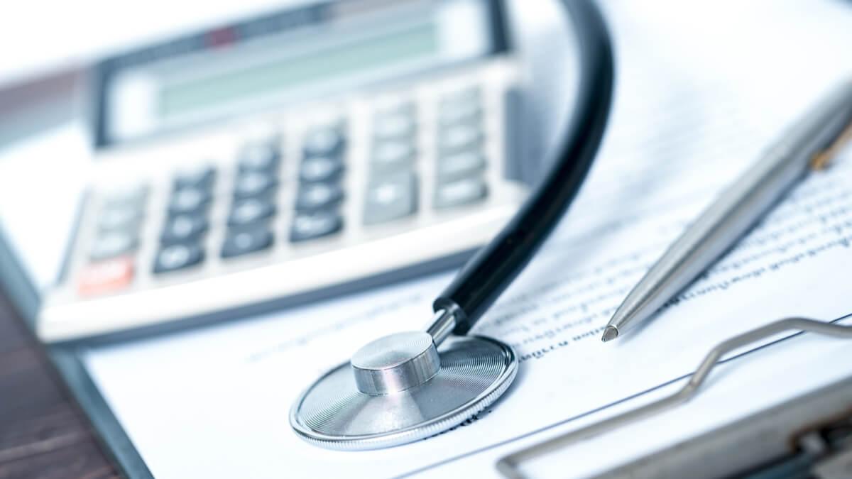 Gremio de hospitales y clínicas de Colombia piden apoyo económico extraordinario