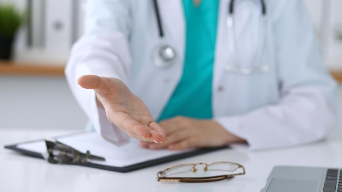 ¿Cómo el Decreto 800 garantiza el aseguramiento en salud