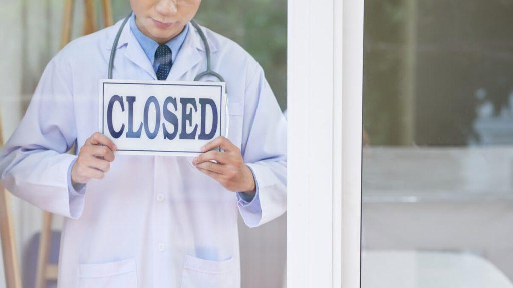 Cierran urgencias de la clínica de Soledad por renuncia de médicos