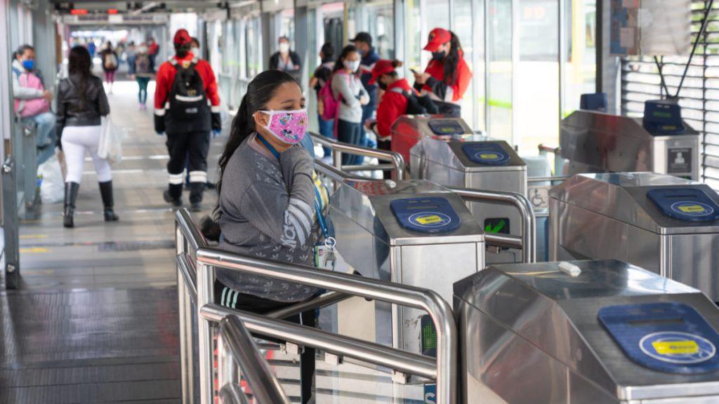 Se reduce velocidad de contagios Covid-19 en Bogotá