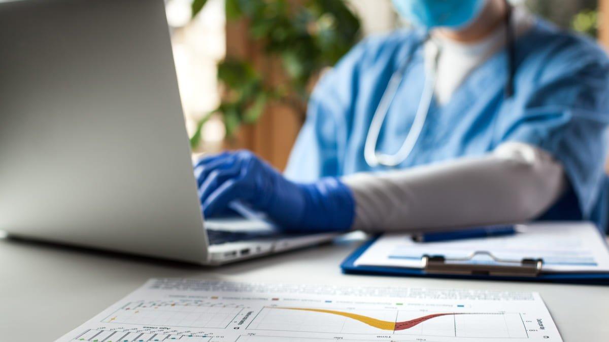 reporte del Talento Humano en Salud que atiende pacientes COVID-19
