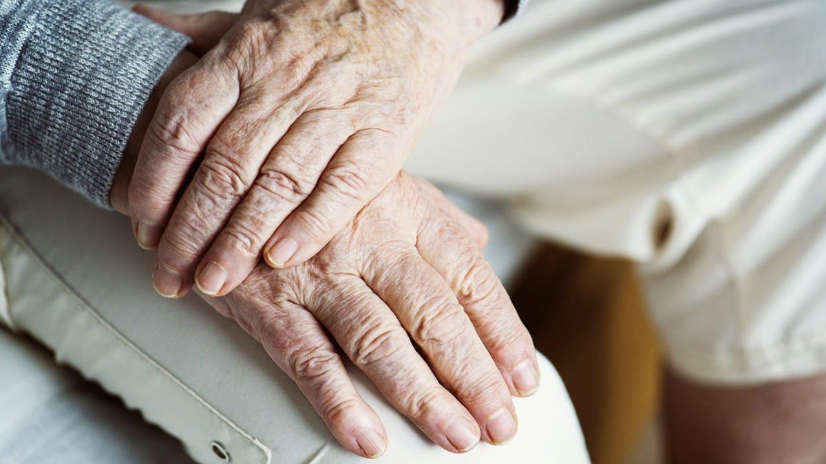 3 de 4 adultos mayores enfermedad piel (1)