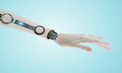 Desarrollan piel electrónica sensible al calor, tacto y dolor