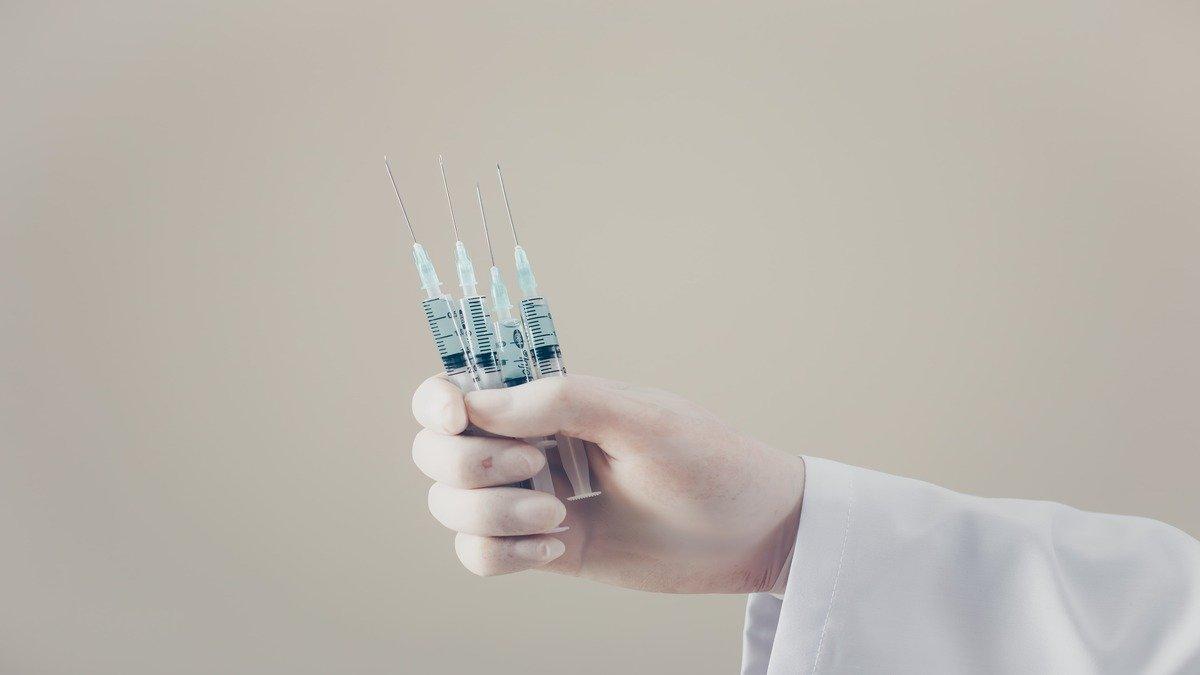 La meta de la OMS es conseguir 2.000 millones de vacunas Covid-19 para final de año