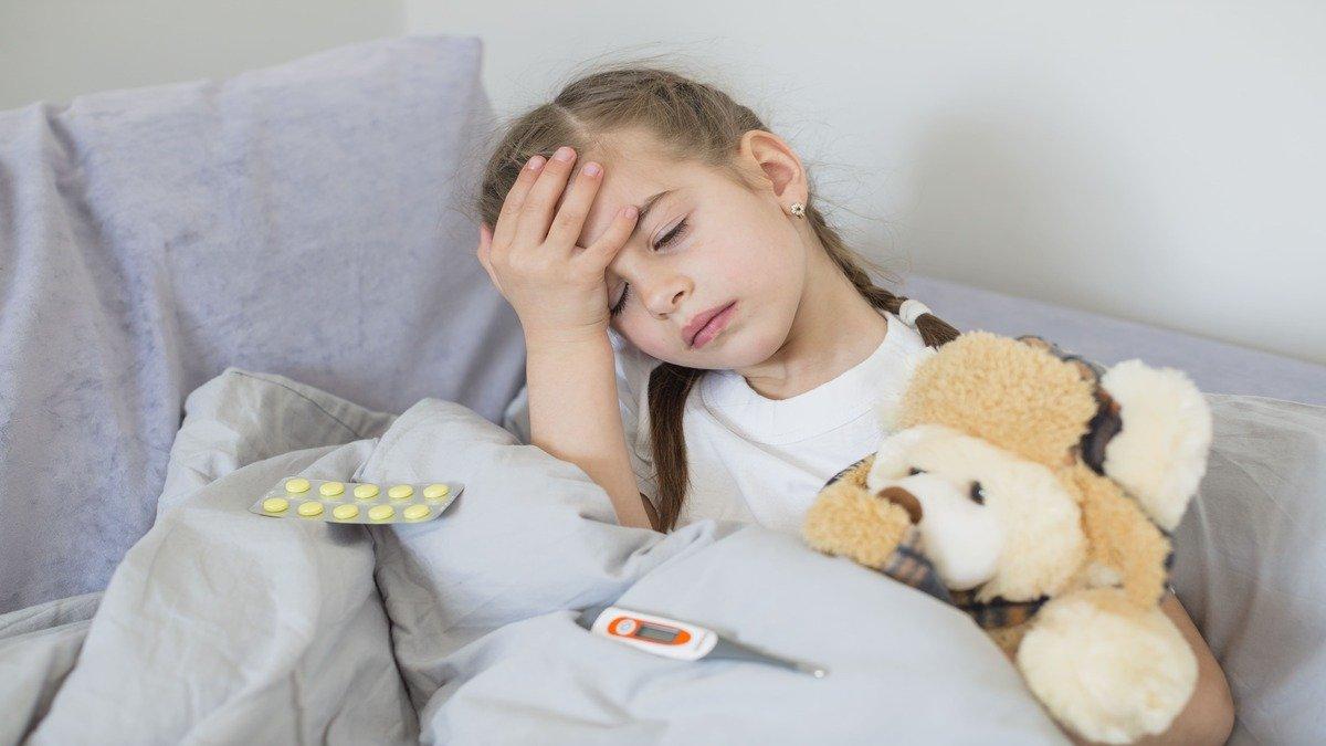 ¿Es más efectivo el acetaminofén o el ibuprofeno para tratar la fiebre y el dolor en los niños