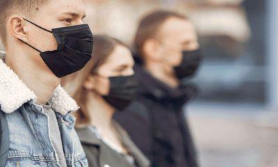 mascarillas faciales reducción de la gravedad SARS-CoV-2 2020