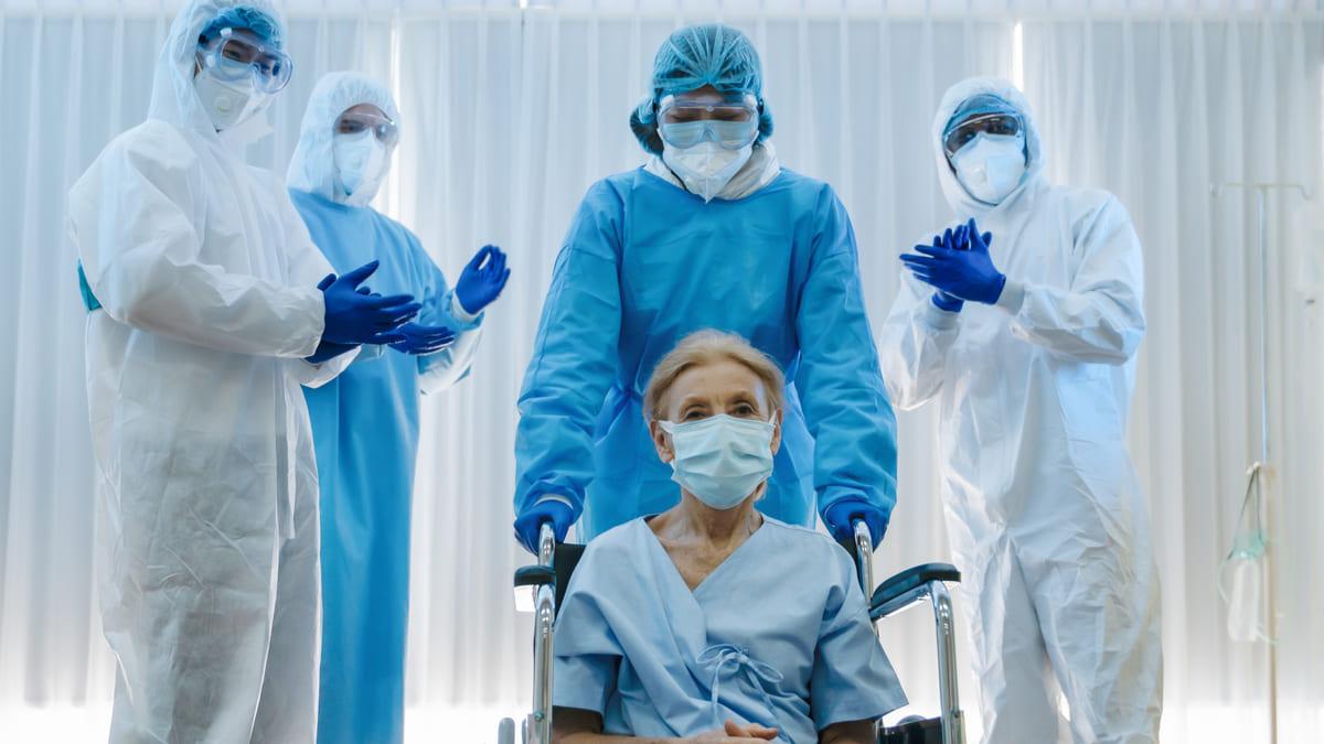 $380.728 millones se ha girado como bonificación al personal de salud que atiende Covid-19