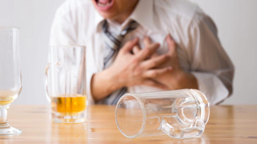 Consumo de alcohol asociado al desarrollo de enfermedades cardíacas