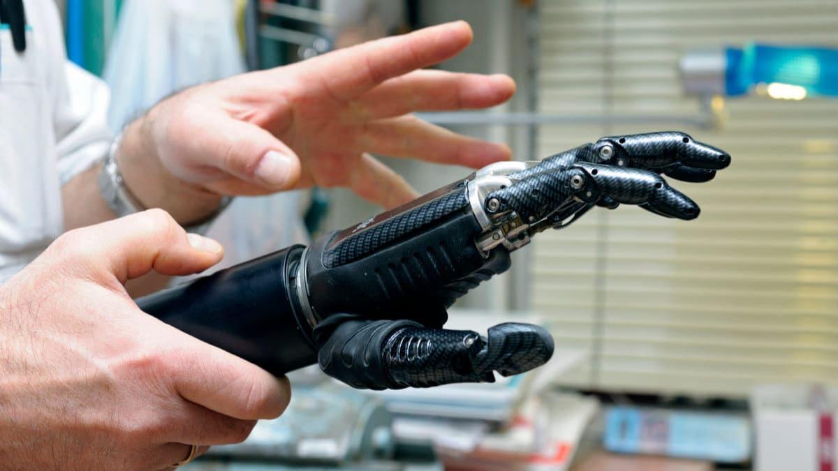 Crean prótesis de mano con más del 90% de funcionalidad