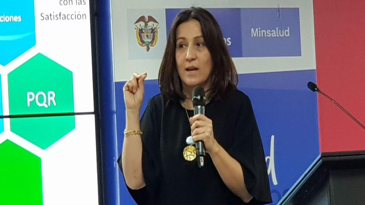 Diana Isabel Cardenas se retira de la ADRES