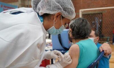 Bogotá con miras a la inmunización de las personas de entre 60 y 79 años