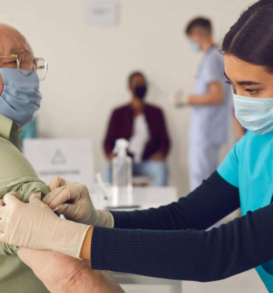 Valle del Cauca buscan adultos mayores vacunacion covid-19