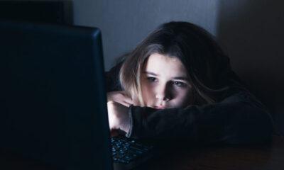 adiccion redes sociales ciberacoso