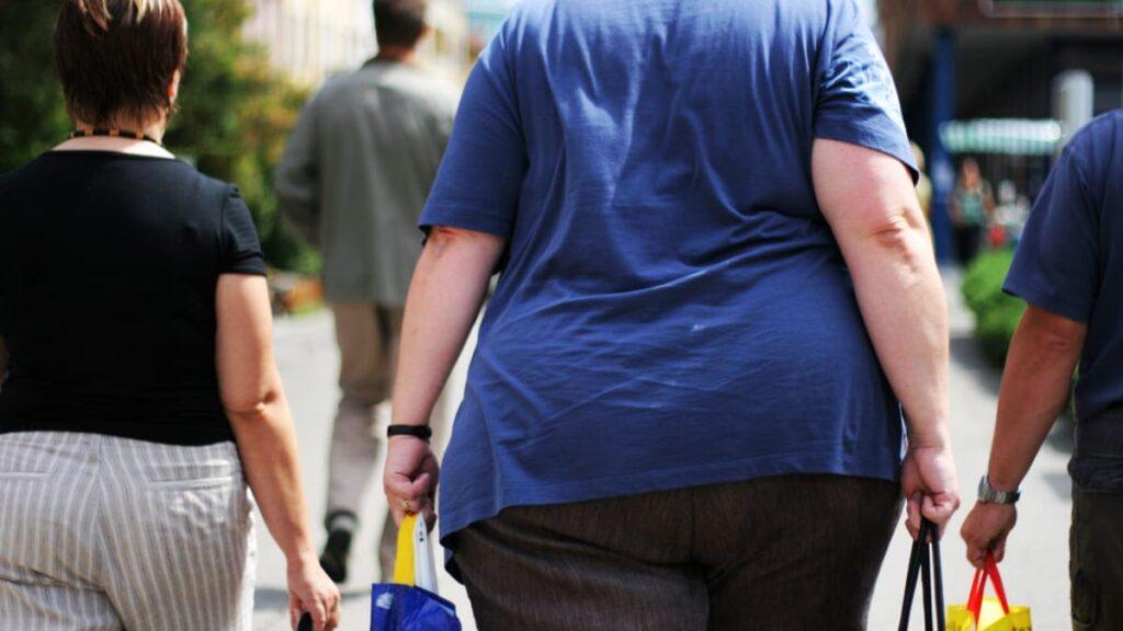 prevalencia obesidad colombia 56.4