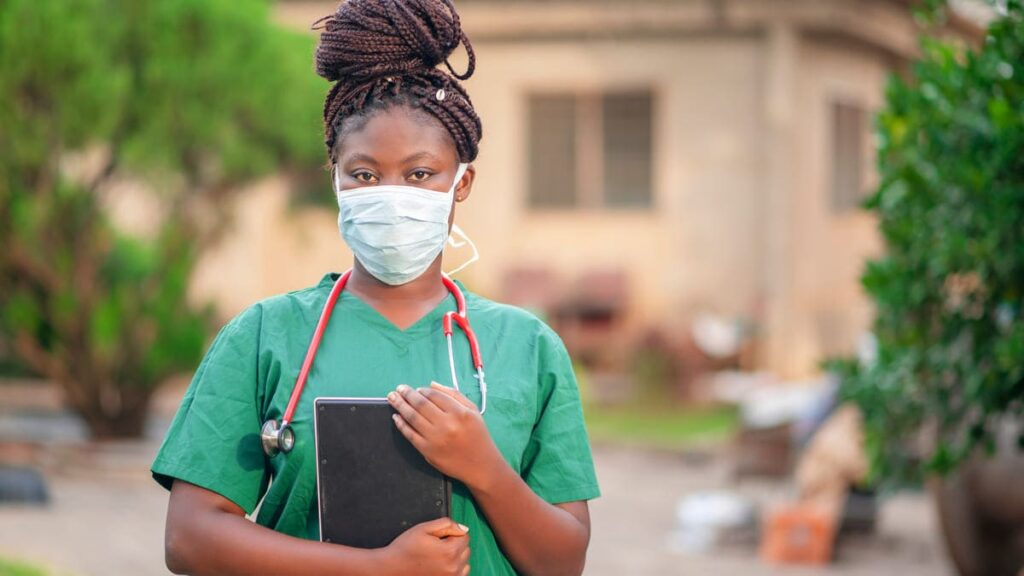 garantizar acceso vacunas sistemas salud debiles