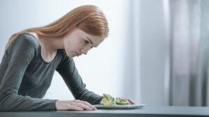 La pandemia de Covid-19 aumentó el padecimiento de trastornos alimenticios