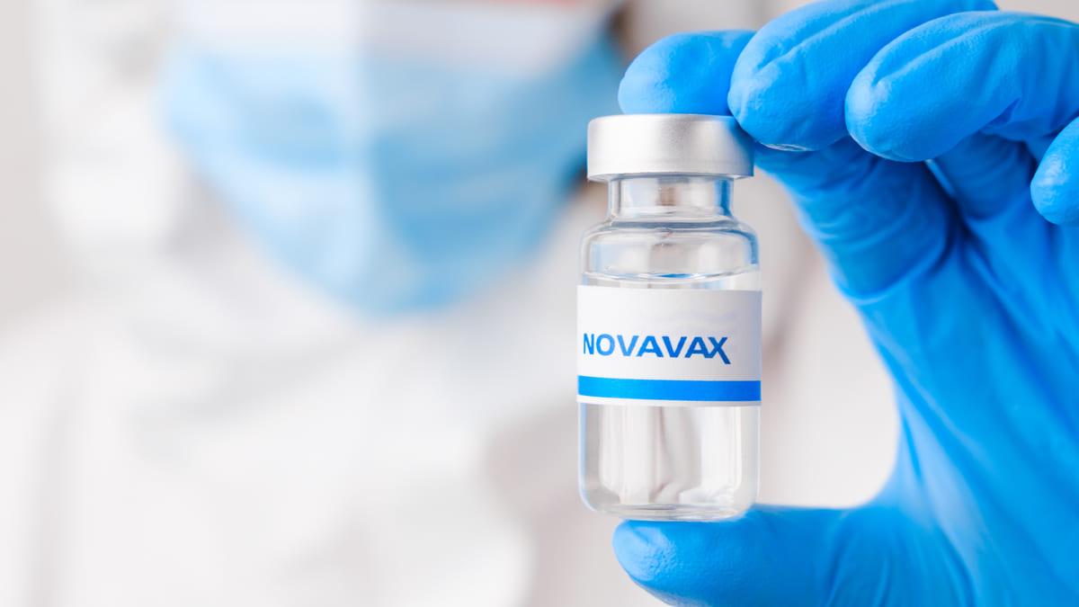 Vacuna anticovid de Novavax muestra eficacia del 90.4%