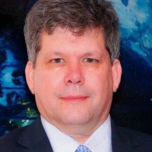 DR. MAURICIO LEMA