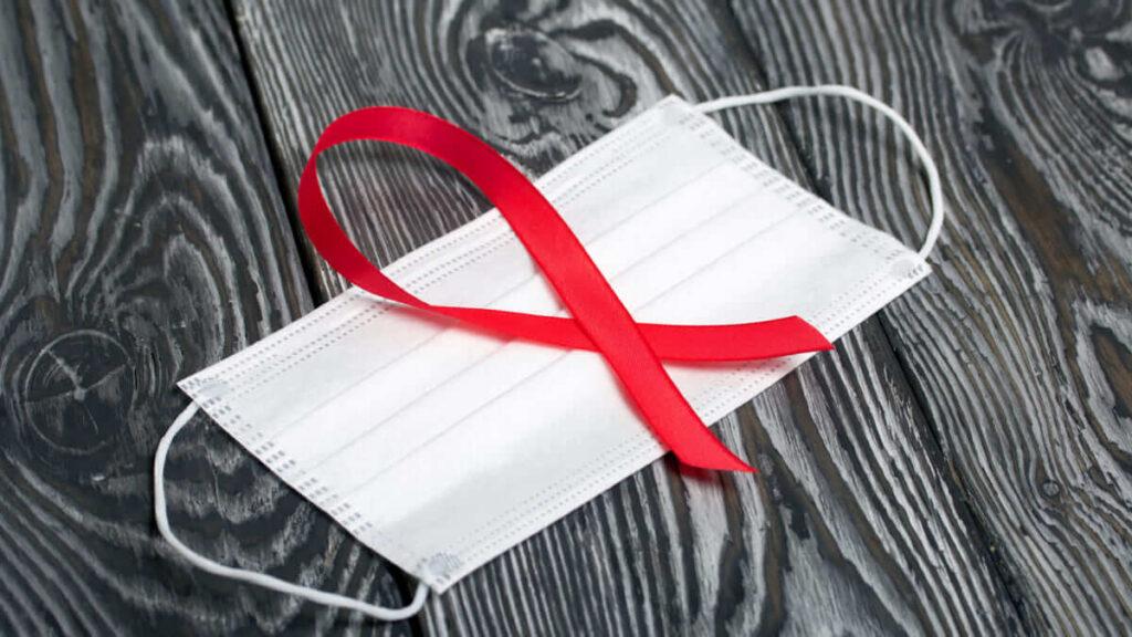 Tener VIH si aumenta las posibilidades de desarrollar Covid-19 grave