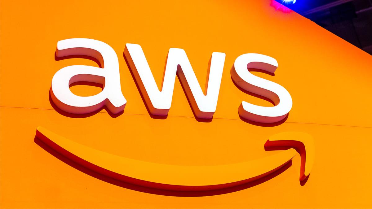 amazon presenta aws for health