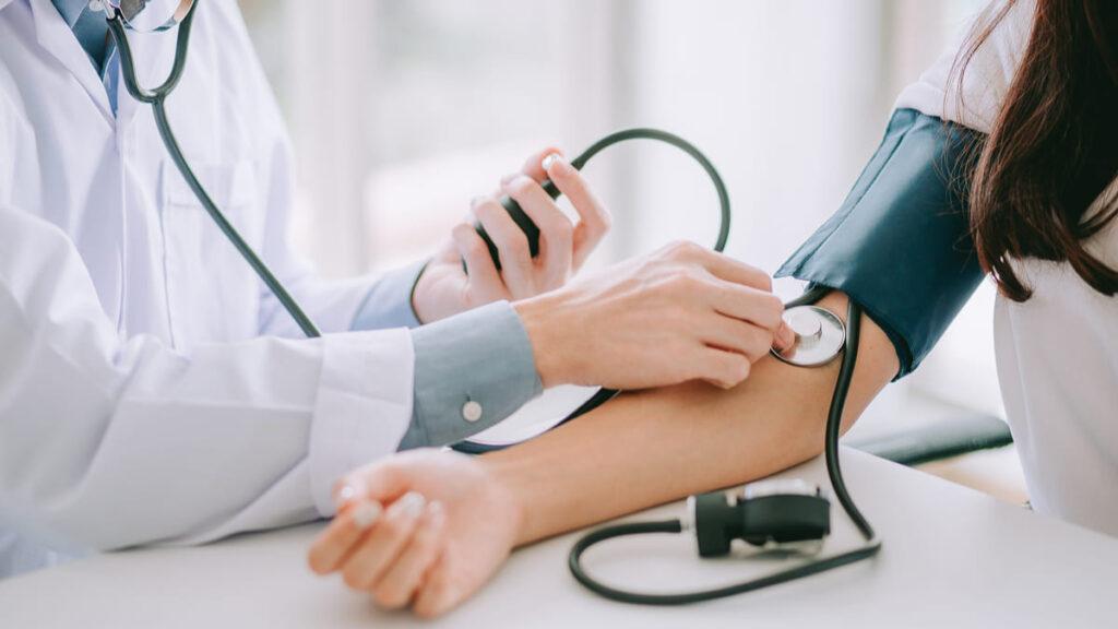 experto UDES manejo hipertension OMS